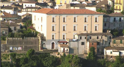 Il Liceo Classico di Rossano tra i migliori della Calabria, quello di  Corigliano distante